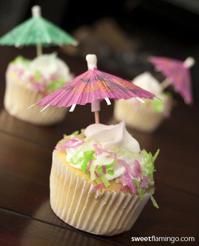 Cake Artist Mauritius : Umbrella Sweet Flamingo Cake Co